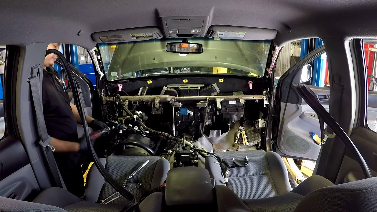 Time lapse: Toyota Taa condenserevaporator core