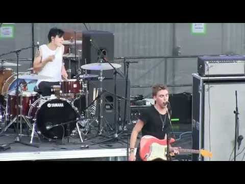 "Bad Suns- ""Salt"" (720p) Live in Cincinnati on July 11, 2014"