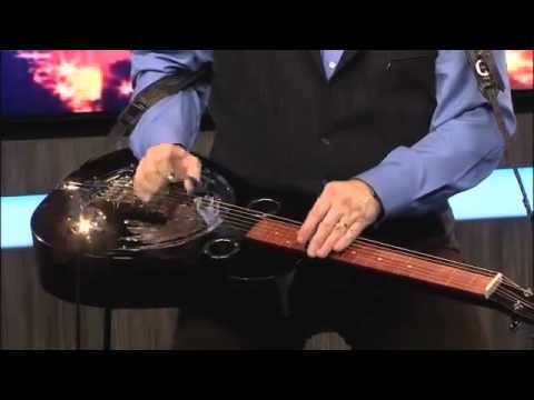 World Renowned Dobro Player Jerry Douglas Performs