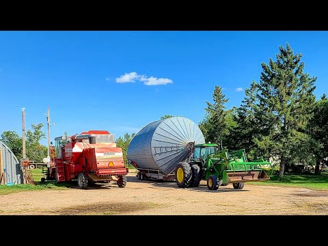 Hauling Bins And Moving The 400 Versatile!