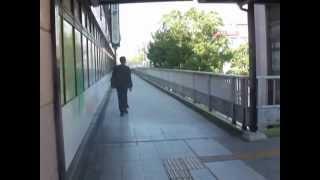 撮影日:2012年10月22日(月)AM11時ごろ 近鉄八尾駅からシュ...