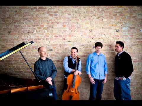 Waterfall(Piano Solo):ジョン・シュミット(The Piano Guys)