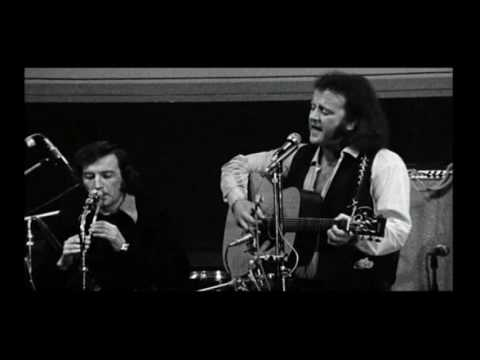 Planxty live------more natural aspect ratio