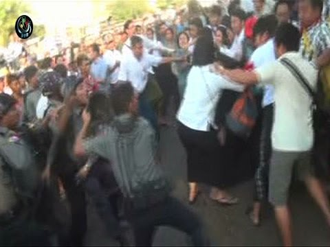 VDO: Students, activists beaten as police put down Rangoon protest