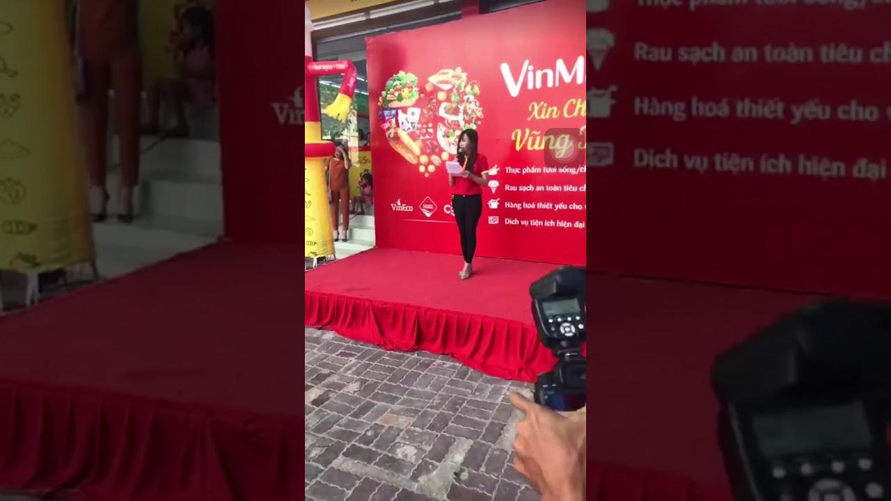 MC Lan Hương - Dẫn chương trình Khai Trương