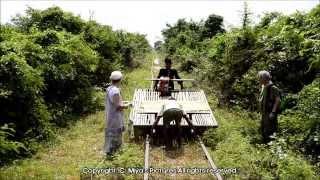 Bamboo Train in Battambang, Cambodia (Norry Ride / Nori Rail) カンボジア バンブートレイン