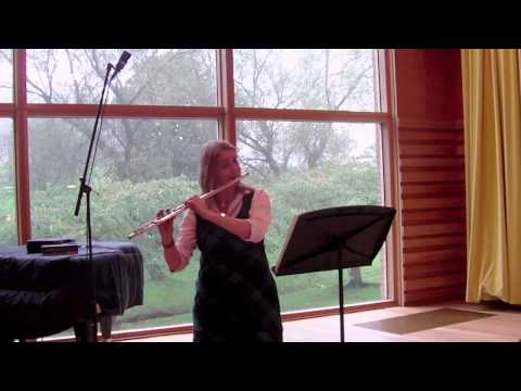 Bourree - 4th Movt from J S Bach Solo Flute Partita in A minor - Jennifer Stinton - Flute