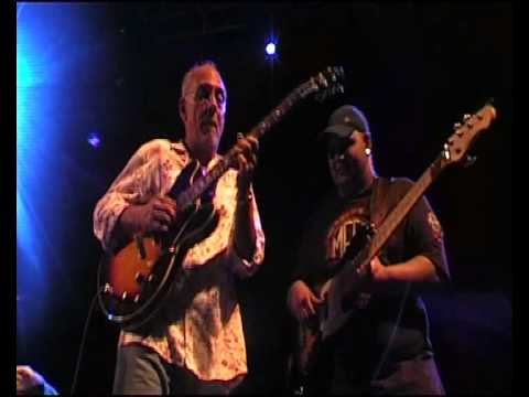 Resultado de imagen de Larry Carlton & Robben Ford - Live in Switzerland 2007 || HD