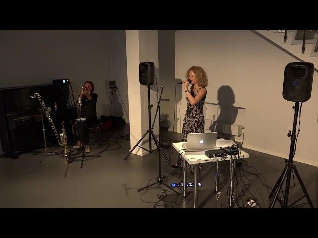 Franziska Baumann und Udo Schindler im Theater hochX  - 2.Sequenz