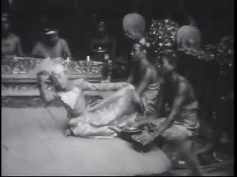Balerung Stage / I Sampih dancing  Igel Jongkok / Kebyar Duduk 1930s