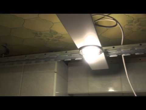 видео: Подвесной потолок в ванной