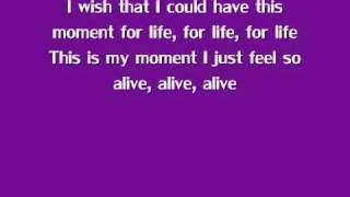 Repeat youtube video Moment 4 Life- Nicki Minaj ft. Drake [Lyrics]