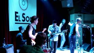 "Nicole Willis & the Soul Investigators - ""Home Cookin' / Best Days of Our Lives"" [Madrid 5/03/2014]"