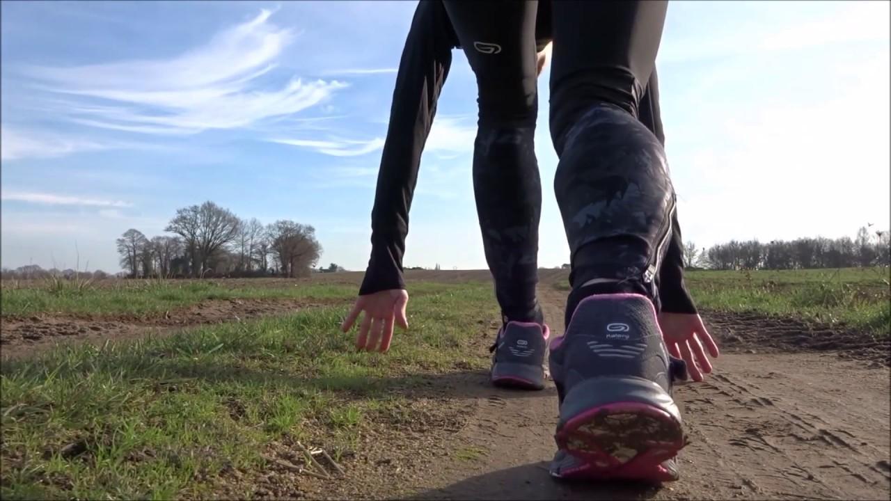 d8a9c255dd5 Une tenue Kalenji pour courir dans le froid   - YouTube