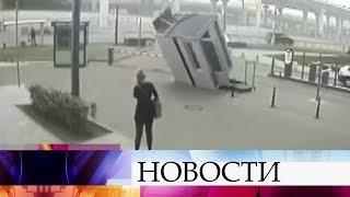 Жертвами урагана вМоскве иобласти стали 16 человек, около ста пострадавших находятся вбольницах.