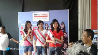 [Fancam] Direct Selling CD JKT48 - Flying Get Semarang sesi 2 [12-04-2014]