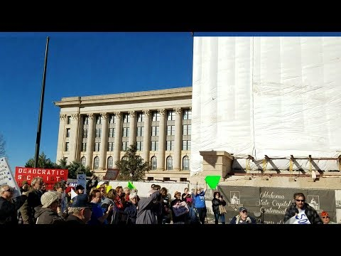 Scott Carter of Green Country DSA at the Tax Bill Blowback Rally in front of the Oklahoma Capitol