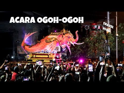 TRAVEL VLOG ACARA OGOH-OGOH di BALI!
