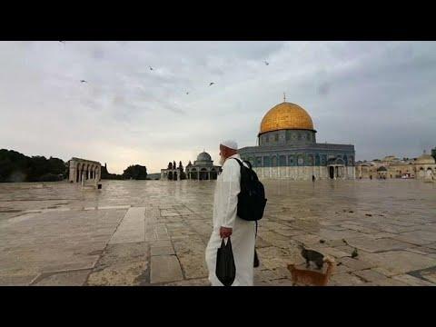 شاهد: فلسطيني يواظب على إطعام حيوانات باحة المسجد الأقصى منذ 20 عاماً…  - 13:55-2019 / 11 / 9