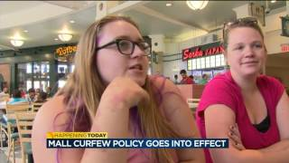 mixed reactions from mall shoppers as youth escort curfew policy take effect