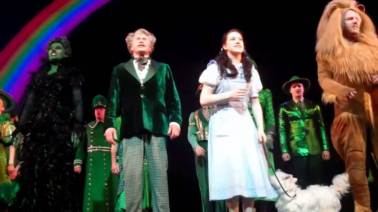 Green curtain oz - Michael Crawford Danielle Hope S Final Curtain Call Wizard Of Oz 5th February Youtube
