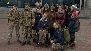 Шесть украинок, воевавших на Донбассе, посетят штаб-квартиру НАТО в Брюсселе