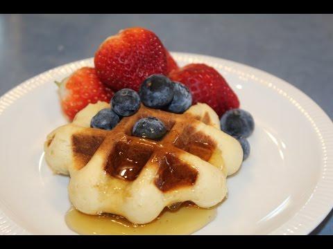 Belgian Waffles with Yeast