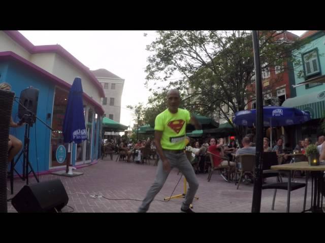 Curacao Dreams Tours - Punda Vipes dancer!