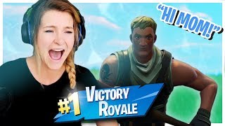 PRETENDING TO BE A MOM TO CARRY THE KIDS! (Fortnite: Battle Royale Gameplay) | KittyPlays