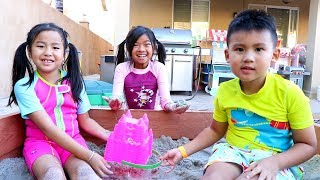Download Emma & Jannie Pretend Play with Beach Toys and Sand Box Mp3 and Videos