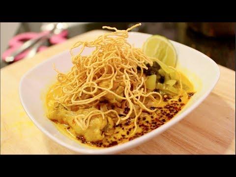 Kao Soi Curry Noodle Soup Recipe ข้าวซอย - Hot Thai Kitchen