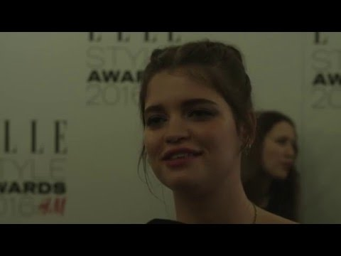 Pixie Geldof Is Weirdly Obsessed with Sharks at ELLE Style Awards 2016