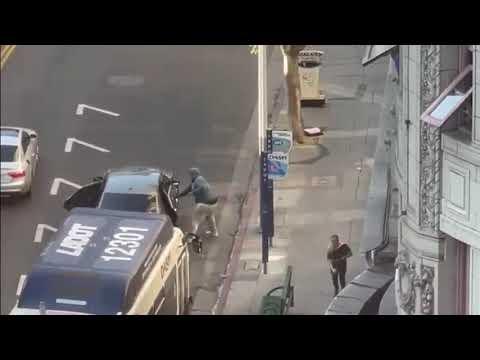 洛杉矶市街头白天野蛮抢劫案 警公布录像缉凶 场面震撼(图/视频)