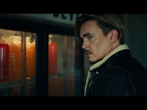 Смотреть клип Jesse Mccartney - Kiss The World Goodbye