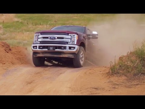 2017 Ford Super Duty - F-250 and F-350 - Footage