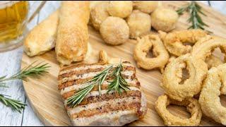 Крутой ужин мужу на 23 февраля (луковые колечки, сырные шарики, стейк из свинины на гриле)