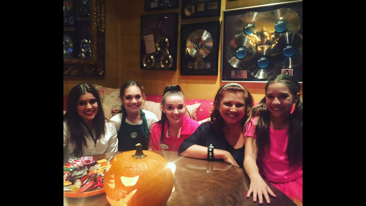 Roger clemens and dance moms abby lee miller maddie ziegler roger clemens and dance moms abby lee miller maddie ziegler kristyandbryce Choice Image