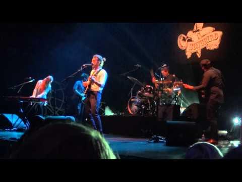 Matt Corby - Runaway - Song Bird Festival 2012