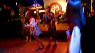 Русский Dance в Чаплине....