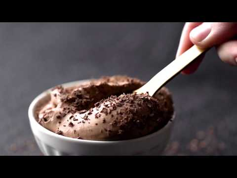 how-to-make-the-best-chocolate-mousse-recipe-ever!