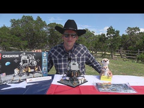 Held on tour - LEGO® Creator Expert 10266 - NASA Apollo 11 Lunar Lander