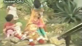 Muhammad ALi Shehki and AfshaN Ahmad 1983 PTV Classic Song,Mere Bachpan Ke Din [better audio] HD