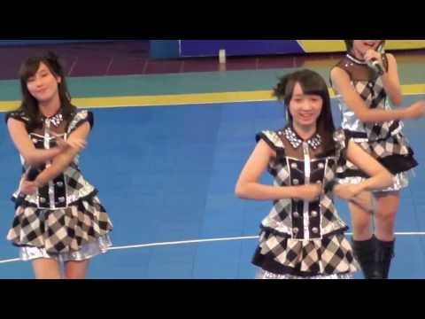 [FANCAM] JKT48 - Gomen Ne Summer At Pocari Futsal 16 November 2013