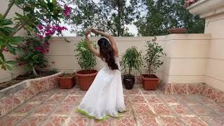 """Sawaar Loon"" dance by ""Mouni Roy"".(Mrs. Manish Aeron)."