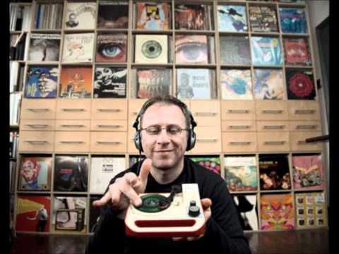 DJ Food Giant.wmv