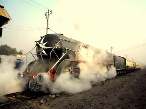 1960's CLW built WP Class Steam Loco: WP 7161 AKBAR with Steam Express (Delhi - Rewari - Alwar)