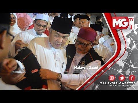 """TERKINI : ZAHID Bongkar!!! Hadi Awang """"Orang Pertama Bisik, MCA Calon Di Tanjung Piai"""""""