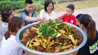 Chao finally killed his mother-in-law's rooster, and stewed it with bamboo shoots#ChefChao