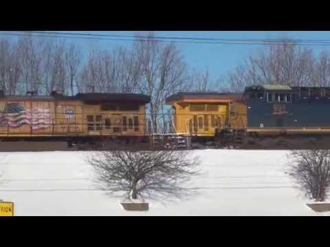 Thumbnail: 2 Trains Meet on Elevated Tracks + CSX Snow Plow