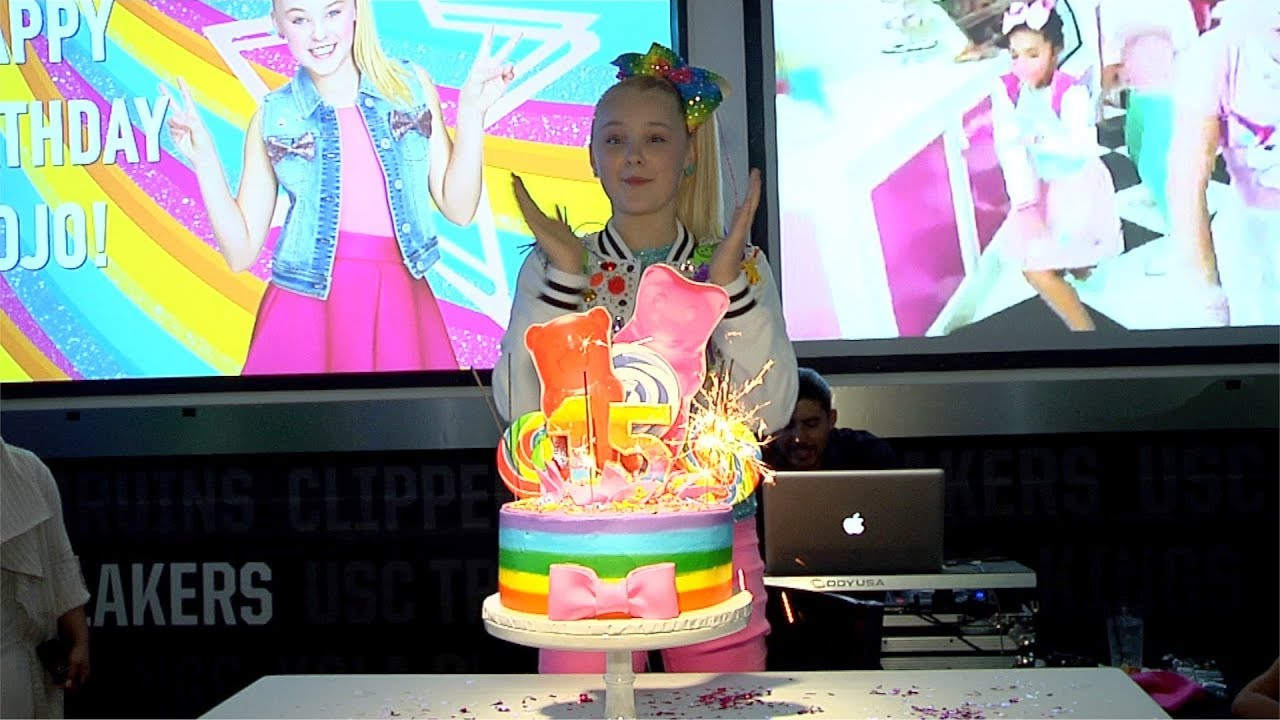 JoJo Siwa's 15th Birthday Party Celebration - YouTube